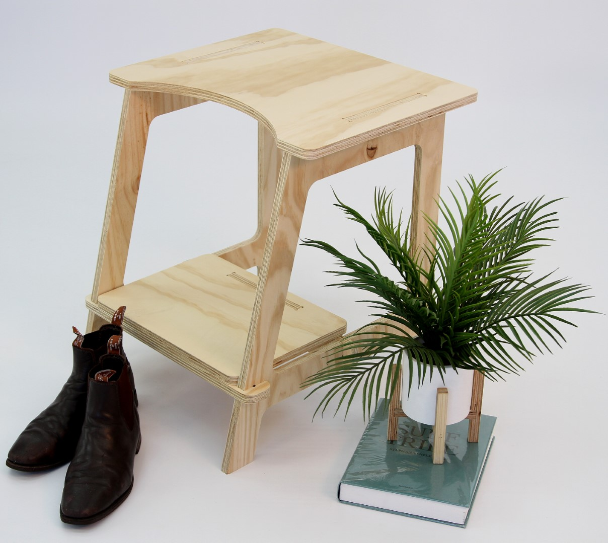 #91 Stool with Step